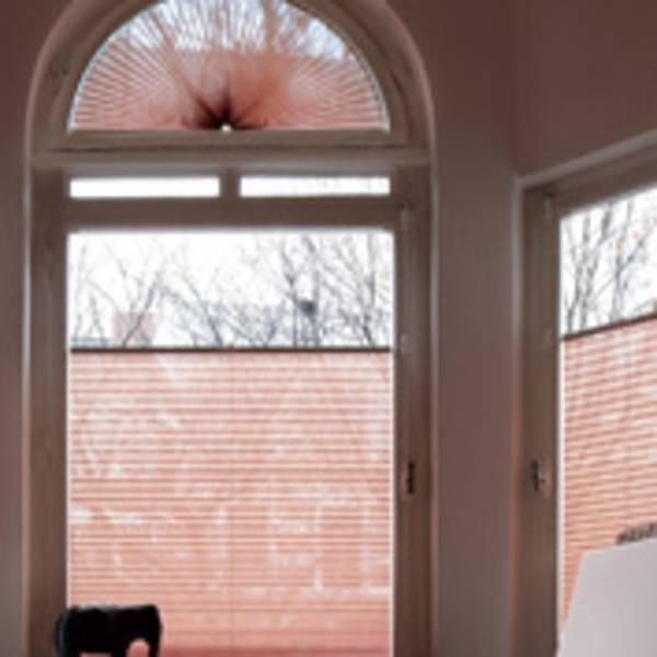 plissees faltrollos vorteile von plissees. Black Bedroom Furniture Sets. Home Design Ideas